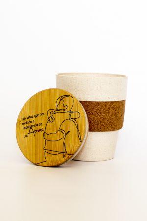 copo em bambu e cortiça